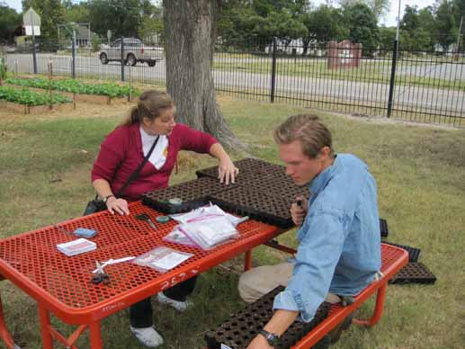 Nadine Straitt (MERAH Exc. Director) and Ryan Norman (Delta Garden Study) discuss various planting strategies for fall and winter plants.